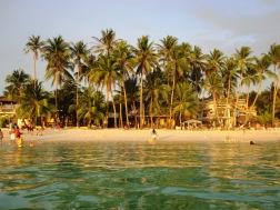 Benschilada Boracay White Beach - Philippines (15)
