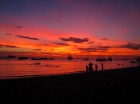 Benschilada Boracay White Beach - Philippines (16)