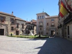 Benschilada Sightseeing Madrid (4) Plaza de la Villa