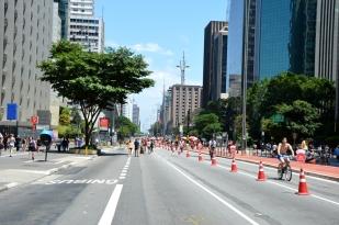Brazil (1) Sao Paulo Avenida Paulista free of traffic
