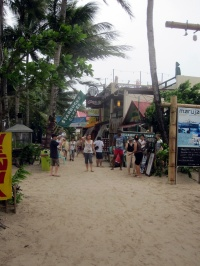 Benschilada Boracay White Beach - Philippines (34)