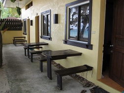 Benschilada Boracay White Beach - Philippines (44)