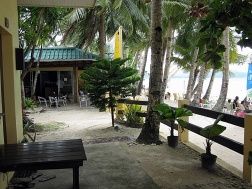 Benschilada Boracay White Beach - Philippines (45)