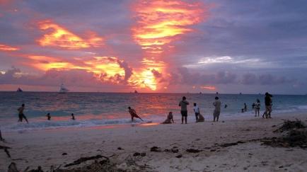 Benschilada Boracay White Beach - Philippines (51)