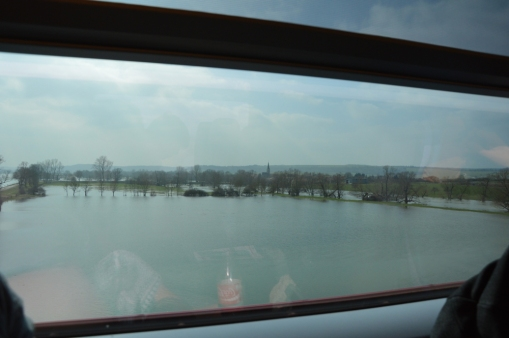 With a Hi Speed Train from Frankfurt via Paris to London (6)